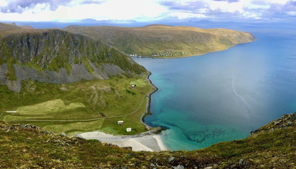 6400 MÅL: Det er arealet man får tilgang på ved å kjøpe denne uvanlige eiendommen - men du må belage deg på en viss reisetid. Foto: Knut Skoglund