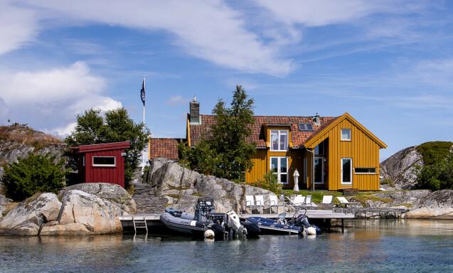 TANGEN: Den mye omtalte påtroppendende lederen av oljefondet, Nicolai Tangen, eier to eiendommer i havgapet. Her hytta han kjøpte for 6,75 millioner kroner i 2001. Foto: Lars Eivind Bones / Dagbladet.