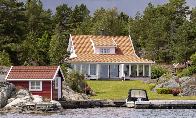 HYTTEPERLER: Det ligger en rekke eiendommer verdt flere titalls millioner kroner i Blindleia. Foto: Lars Eivind Bones / Dagbladet.