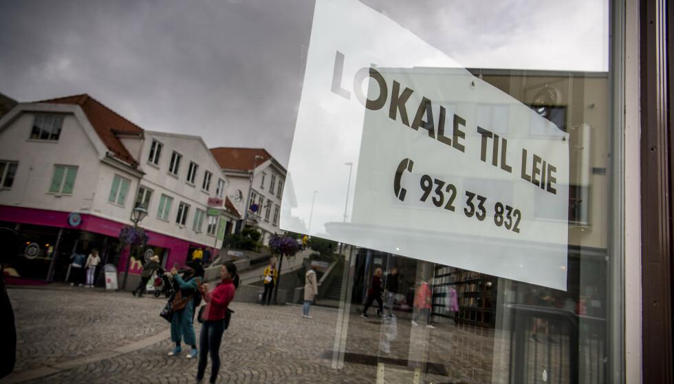 KONKURS: Ifølge butikksjef Negro har i alt sju eller åtte butikker i bare Kirkegata i Stavanger slått seg konkurs. Foto: Lars Eivind Bones / Dagbladet.