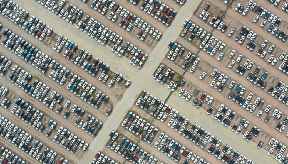 KOLLAPS: Nissan har slitt med å selge nok biler det siste halvåret, og forventer et grusomt underskudd i regnskapsåret 2020. Foto: REUTERS / Stringer / NTB scanpix