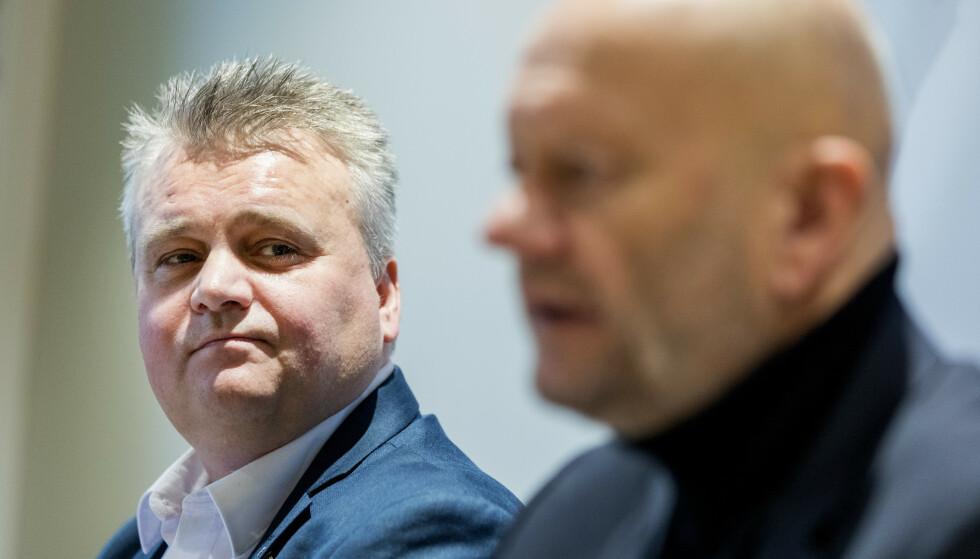 FORHANDLINGER: Administrerende direktør i Norsk Industri Stein Lier Hansen (t.h) og leder i Fellesforbundet Jørn Eggum under oppstarten av årets lønnsoppgjør. Foto: Gorm Kallestad / NTB scanpix