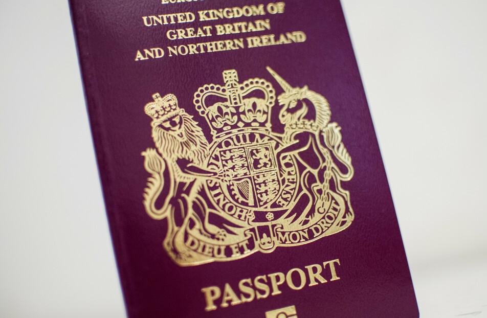 DYRT: Vil du ha britisk pass må du ut med over 23 millioner kroner.