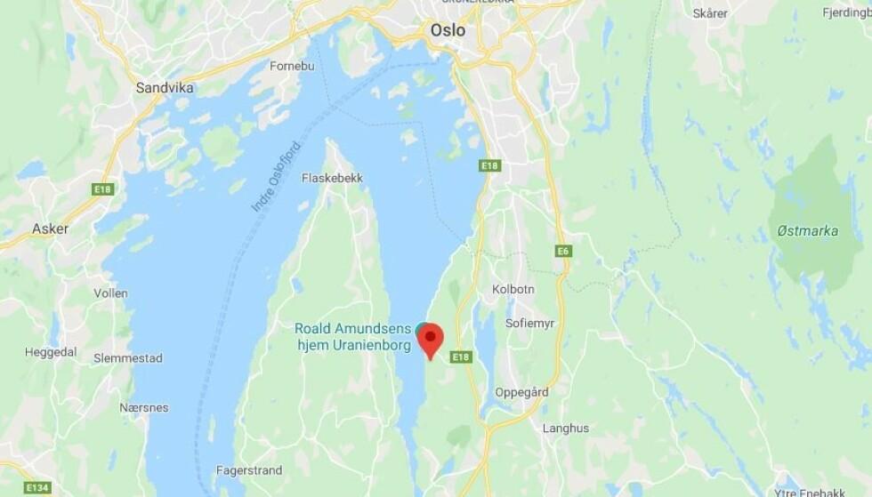 KYSTNÆRT: Hytta ligger i Svartskog i Nordre Follo. Kart: Google