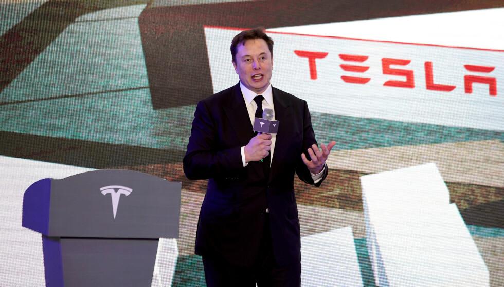 <strong>TESLA:</strong> Elon Musk avbildet i Shanghai i begynnelsen av året. Foto: Reuters