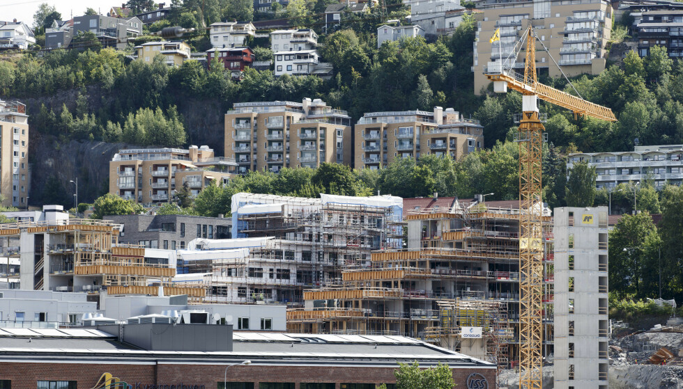 VARSLER ENDRINGER: Finanstilsynet vil endre grensa for hvor mye du kan få i boliglån. Illustrasjonsfoto: Gorm Kallestad / NTB