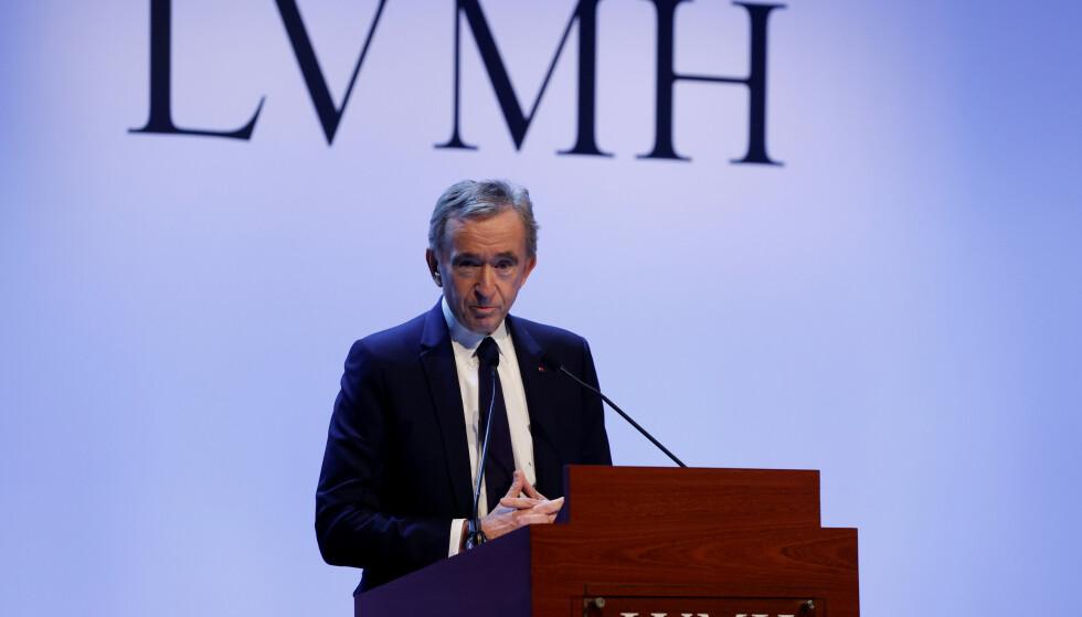 <strong>FALT I GRUS:</strong> Louis Vuittons eier, LVMH, skulle opprinnelig kjøpe Tiffany &amp; Co. Avbildet er administrerende direktør i LVMH, Bernard Arnault. Foto: REUTERS / Christian Hartmann / NTB