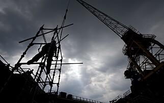 Advarer: - 13 000 jobber truet