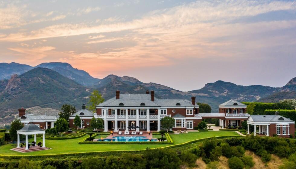 OVERSIKT: Den luksuriøse eiendommen er på til sammen sju mål. Foto: Jeremy Blair / The Luxury Level