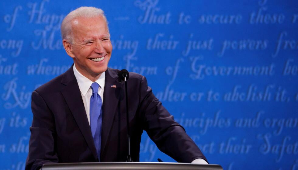 PUNGER UT: Både president Donald Trump og Demokratenes Joe Biden punger ut til valgkampen. Sistnevnte satte ny rekord. Foto: Reuters / Jonathan Ernst / NTB