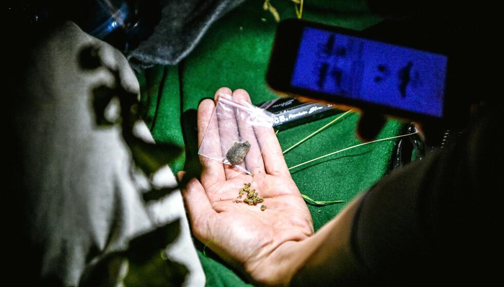 REGISTERERER ØKT BRUK: Nacka kommune er bekymret for det som rapporteres som en økende narkotikatrend blant unge. Dette bildet er ikke tatt i sammenheng med artikkelen. Illustrasjonsfoto: Alex Ljungdahl / Expressen