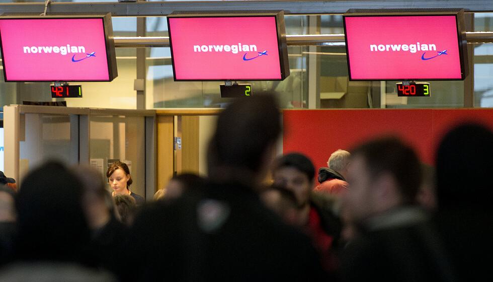 MANGE KANSELLERINGER: Flere flyavganger er innstilt hos flyselskapet Norwegian tirsdag. Dette bildet er tatt ved en tidligere anledning. Arkivfoto: Jon Olav Nesvold / NTB