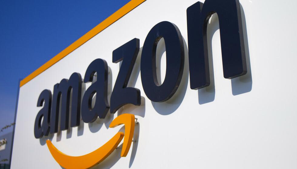 ADVARES: Amazon har fått et formelt varsel fra EU-kommisjonen som mener selskapet opptrer i strid med konkurransereglene. Illustrasjonsfoto: Michel Spingler / AP / NTB