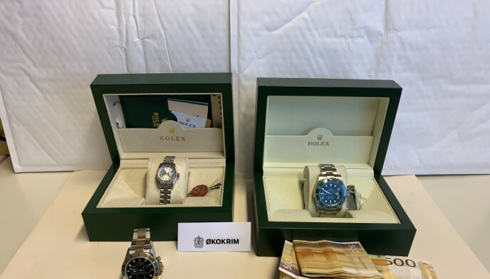 ROLEX-HVITASKING: Økokrim mistenker at disse klokkene ble brukt til å hvitvaske utbytte fra corona-svindel. Foto: Økokrim
