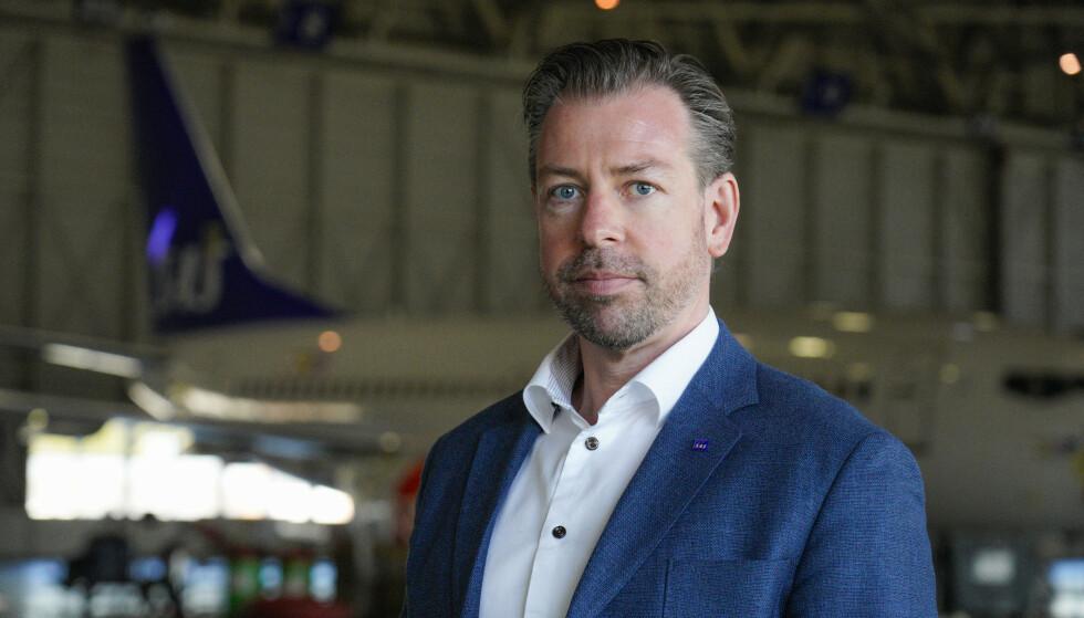 KOMMER MED RÅD: Pressesjef i SAS, John Echoff, oppfordrer passasjerene til å planlegge i god tid. Foto: Håkon Mosvold Larsen / NTB