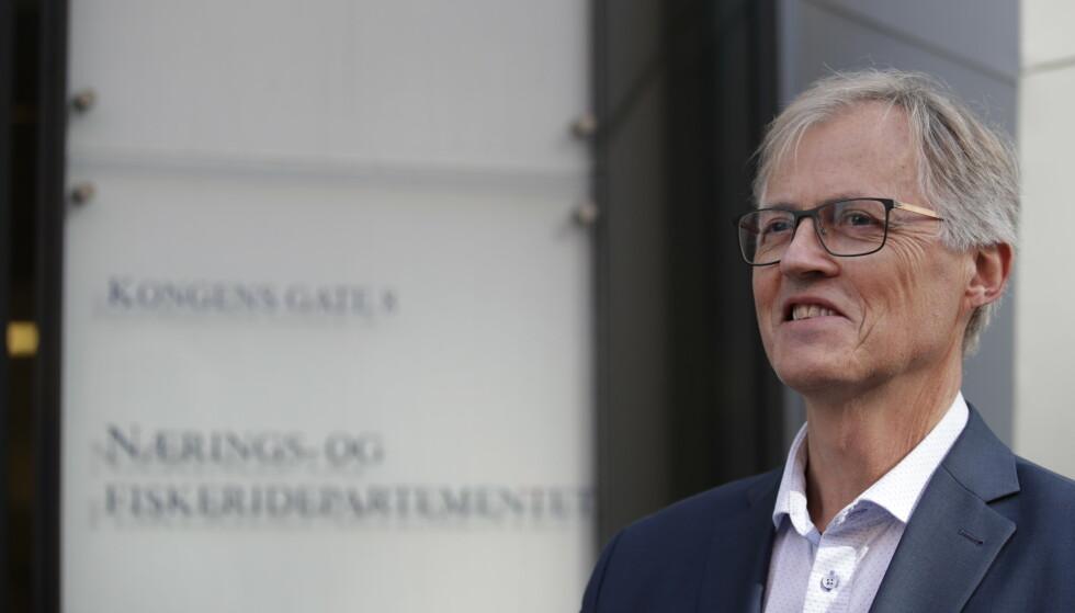 - IKKE EN KRONE: - Det er hittil ikke lagt en krone på bordet i kontantkompensasjon til luftfarten, sier Torbjørn Lothe, sjefen for NHO Luftfart. Foto: Jil Yngland / NTB