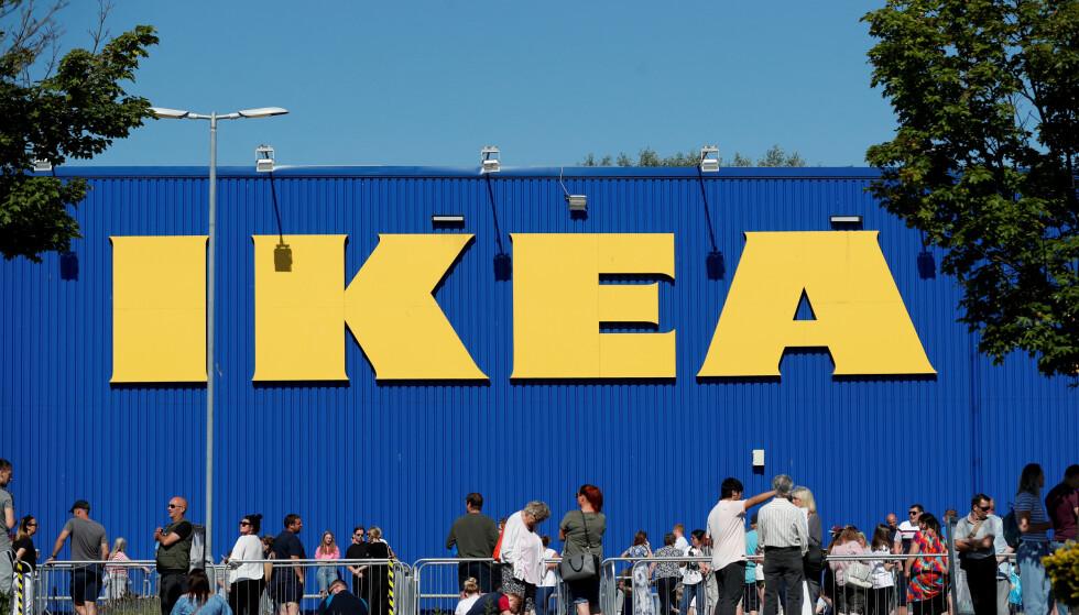 BONUSFEST: Jula kommer tidlig på Ikea i år. Foto: Lee Smith/ Reuters / NTB
