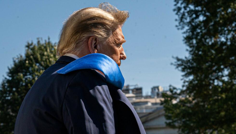 GJELD: USAs avtroppende president, Donald Trump, har store summer å betale framover på lån knyttet til hoteller som sliter. Foto: Ken Cedeno / Pool via CNP / SplashNews.com