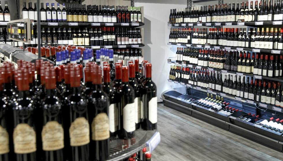 KRAFTIG ØKNING: Alkoholomsetningen i Norge har økt kraftig i tredje kvartal. Foto: Grom Kallestad / NTB
