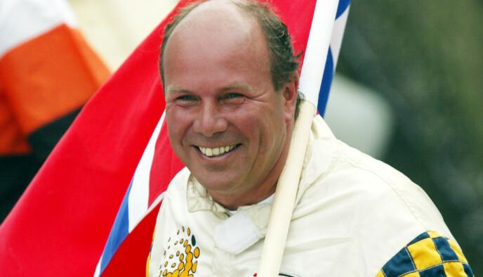 DØDE I ÅR: Andreas Ove Ugland døde i mars i år. Her er han avbildet etter å ha tatt en overraskende tredjeplass under Scandinavian Grand Prix for offshorebåter i Oslo i 2002. Foto: Terje Bendiksby / NTB