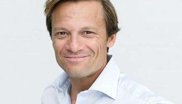 - GOD TRO: Millardær Morten Angelil (54) hevder han handlet i god tro da han fylte skjellsand på stranda. Foto: Eltek Holding