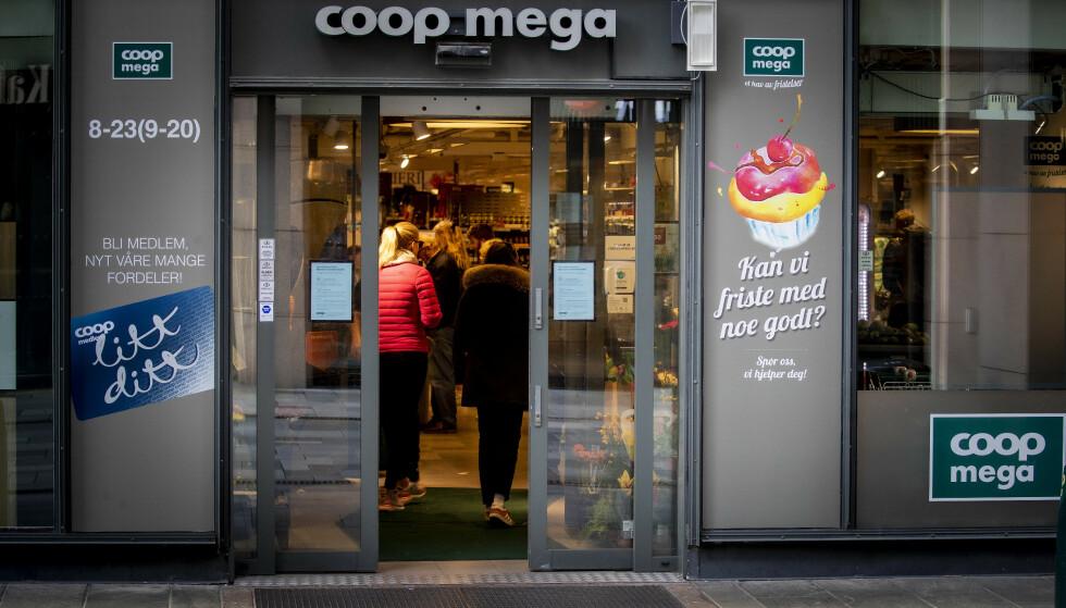 TOMMEL NED: Dagligvarebransjen er svært skeptiske til FHIs forslag om å ha flere åpningsdager i jula. Foto: Bjørn Langsem / Dagbladet