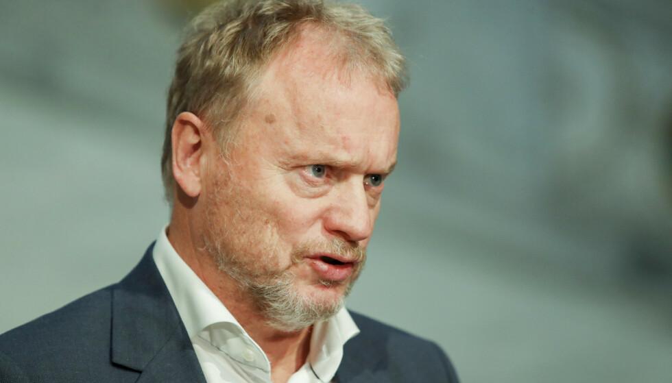 SKUFFET: Raymond Johansen mener regjeringen innrømmer at kompensasjonspakkene ikke har truffet godt nok. Foto: Terje Bendiksby / NTB