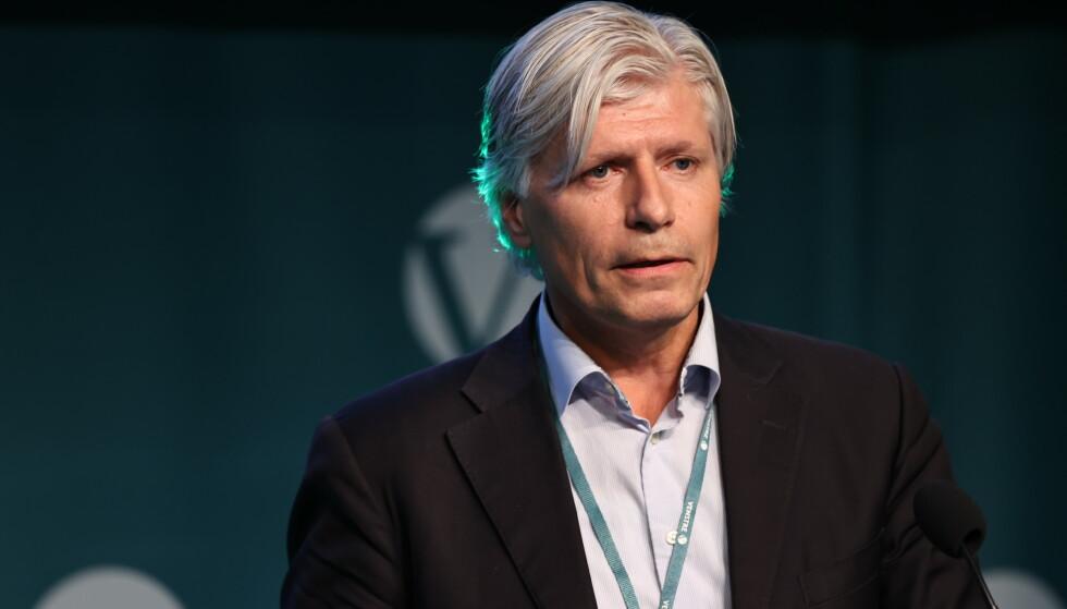 REFSER RAYMOND: Ola Elvestuen er ikke imponert over Raymond Johansens respons på milliontilskuddet fra Stortinget. Foto: Geir Olsen / NTB