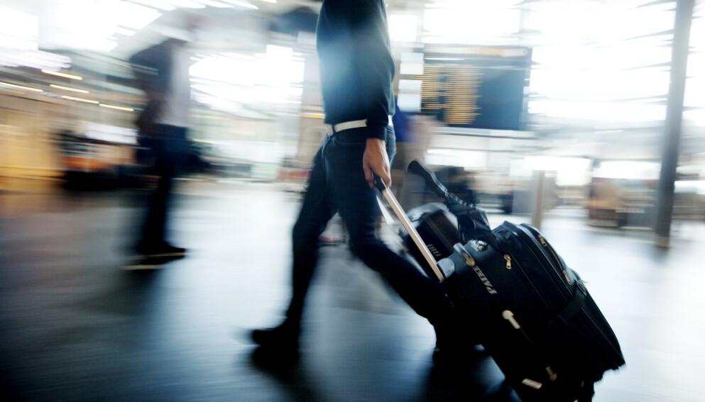 RAMMES: Flere hundre passasjerer rammes av regjeringens reiseforbud. Vi har oversikten. Foto: Kyrre Lien, NTB