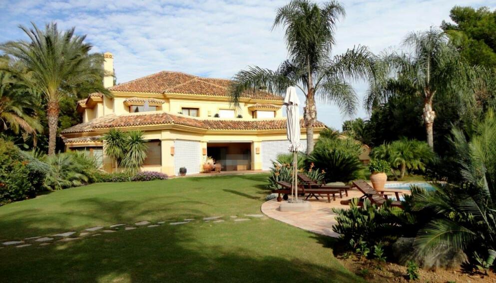 FASJONABELT STRØK: For ti år siden begynte kjeden Trygge Barnehagers eiere Eli Sævareid og Sigurd Aase å investere i spansk eiendom - blant annet denne villaen i Sierra Blanca i Marbella. Foto: Privat