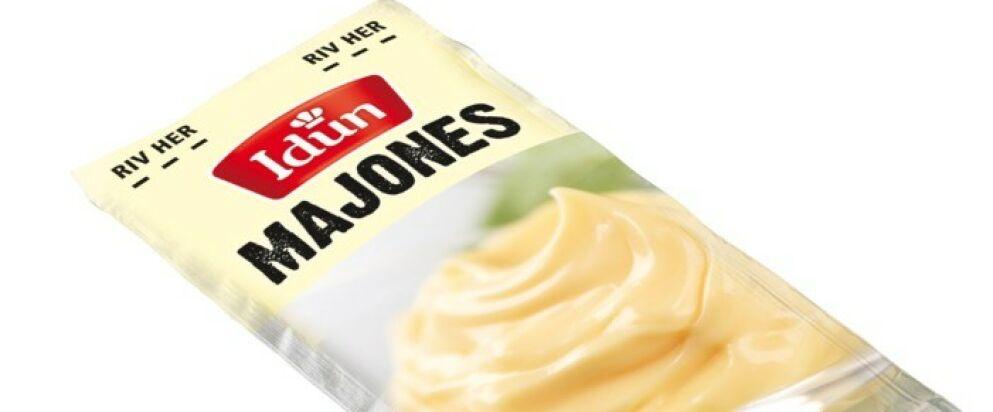 FOR TUNG: Kuvertpakken med majones ble vurdert å være 0,2 gram for tung. Foto: Orkla