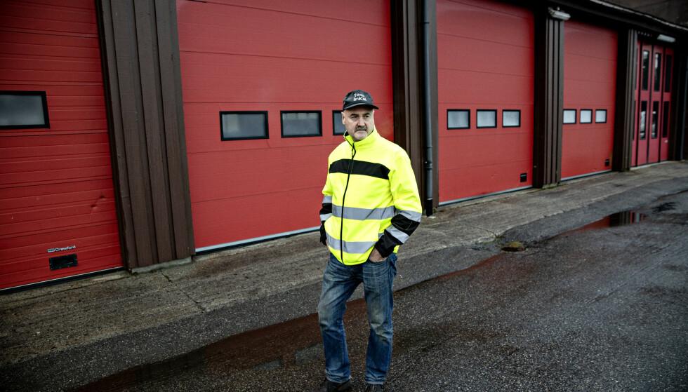 OVERRASKET: Plutselig var lageret tømt, forteller Svein Kåre Toven. Foto: Nina Hansen