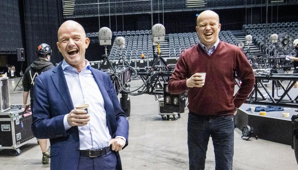SPEKTRUM: NHO-sjef Ole Erik Almlid (t.v.) og Sp-leder Trygve Slagsvold Vedum fant tonen i Oslo Spektrum før torsdagens årskonferanse i NHO. Foto: Lars Eivind Bones / Dagbladet