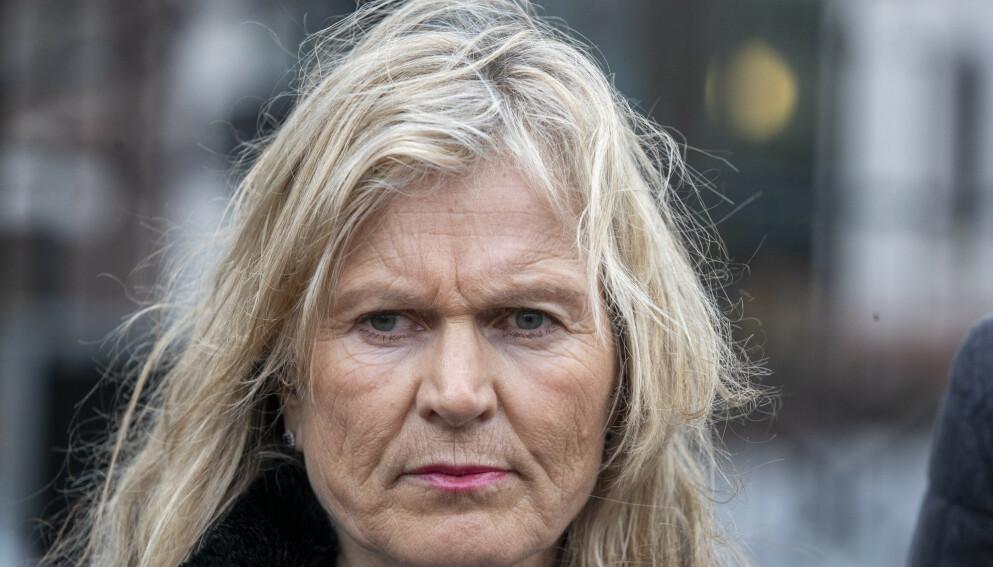 MISFORNØYD: Kristin Krohn Devold i NHO Reiseliv hadde håpet at regjeringen hadde lagt seg på FHIs linje, og opphevet skjenkeforbudet. Foto: Terje Pedersen / NTB