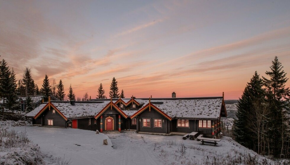 SOLGT: Bjørn Dæhlies 282 kvadratmeter store hytte på Trysilfjellet er solgt til en pris både skilegenden og kjøperen skal være «passe fornøyd» med. Foto: Privatmegleren