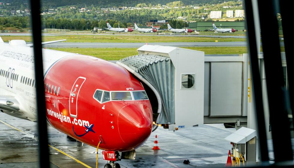 TOMMEL OPP: Norwegian får tommel opp fra staten, som nå er positive til å bidra med krisestøtte. Foto: NTB