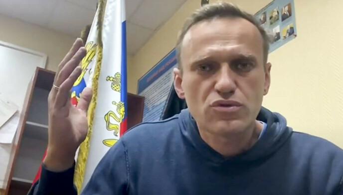 GRANSKER MAKTELITEN: Regimekritikeren Aleksej Navalnyj publiserte tirsdag en gransking av makteliten i Russland og en tilhørende video. Foto: Navalny Life YouTube channel via AP / NTB