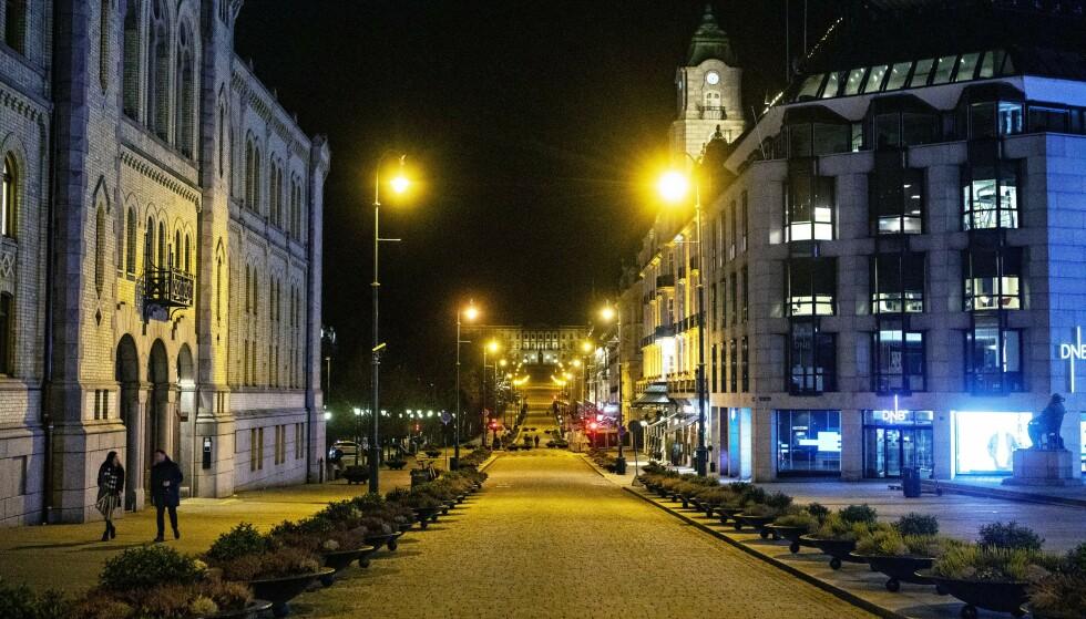 FOLKETOMT: Butikkene og utestedene i Oslo sentrum er blant aktørene i norsk næringsliv som virkelig har fått kjenne coronapandemiens brutale piskeslag. Foto: Frank Karlsen / Dagbladet