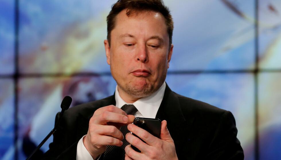 PÅVIRKER: Når milliardæren Elon Musk tvitrer om kryptovalutaen dogecoin fyker kursen opp. Foto: REUTERS/Joe Skipper/File Photo