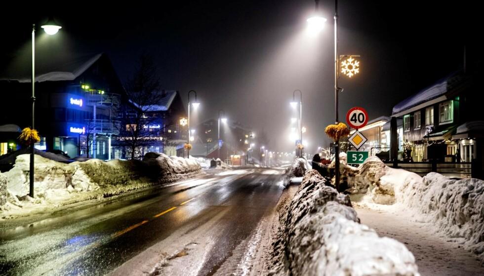 HEMSEDAL: Det er mange som har tatt turen til Hemsedal i vinterferien. De «kjærkomne kronene» som kommer inn, er utrolig viktige, sier ordfører. Foto: Nina Hansen / Dagbladet