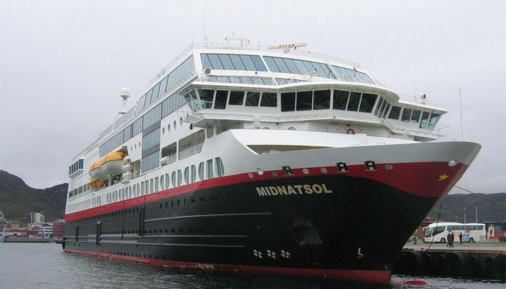 AVVEIE: Personopplysninger til folk som var passasjerer på hurtigruteskipet MS Midnatsol mellom 2016 og 2020, kan ha kommet på avveie etter at Hurtigrutens datasystemer ble hacket i desember i fjor. Foto: Vidar Knai / NTB