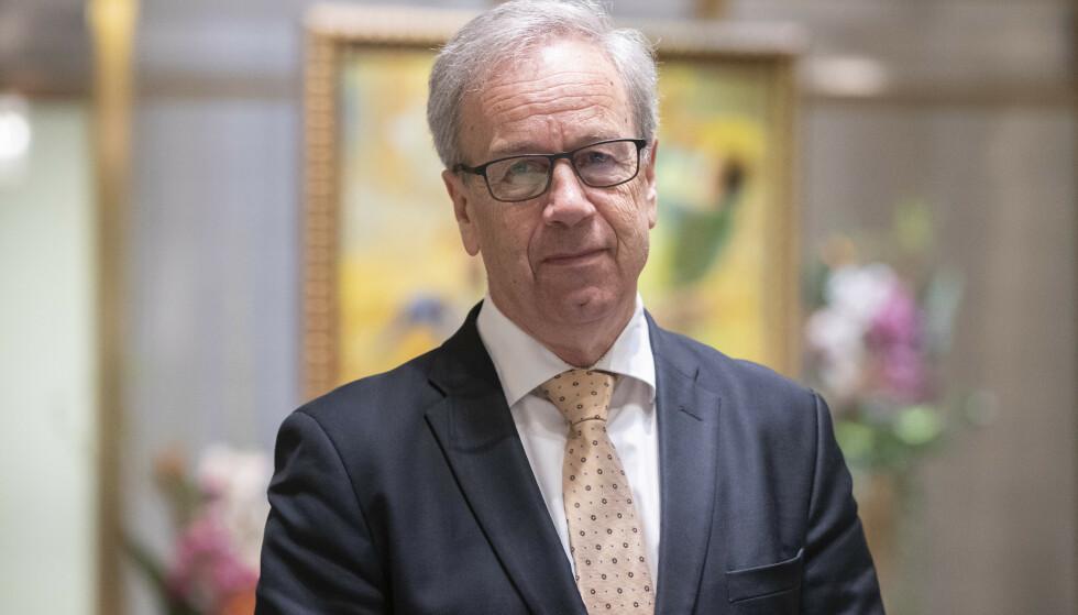 VARSLE RENTEØKNING: Norges Bank og sentralbanksjef Øystein Olsen anslår at styringsrenten vil øke fra andre halvår i år. Foto: NTB
