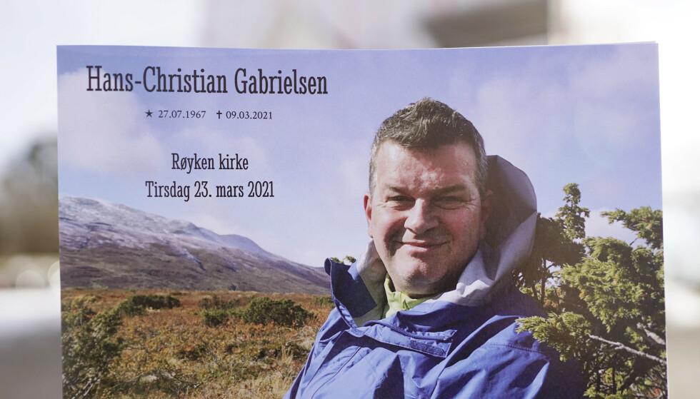 LO-leder Hans-Christian Gabrielsen begraves fra Røyken kirke tirsdag. Foto: Håkon Mosvold Larsen / NTB