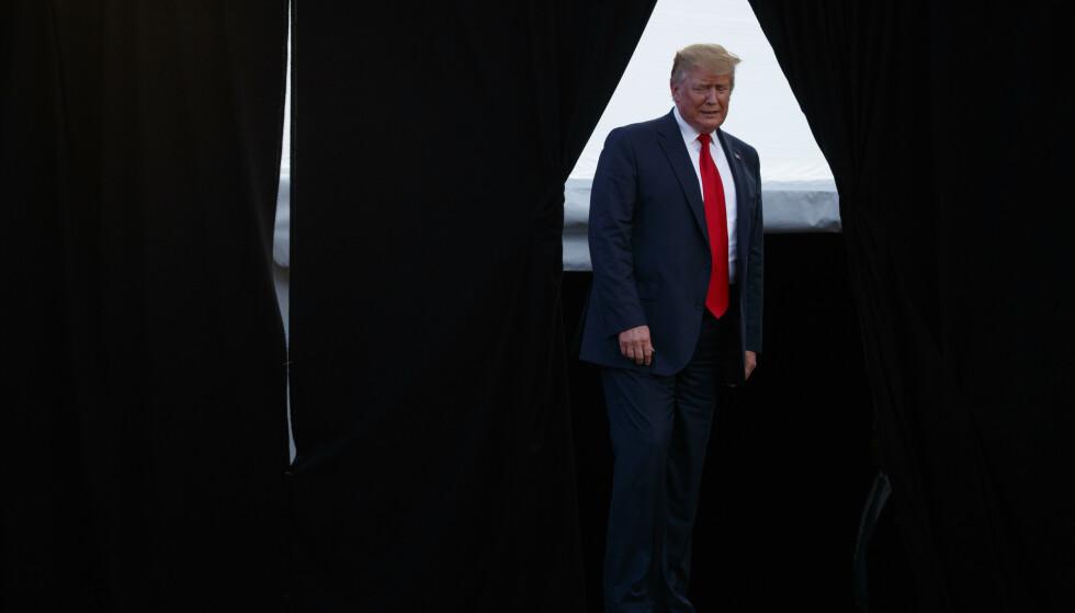 ETTERFORSKES: Tidligere president Donald Trump er under etterforskning av statsadvokaten i New York. Tidligere uttalelser skal skape problemer for presidenten i en eventuell rettsak. Foto: Evan Vucci / AP/ NTB