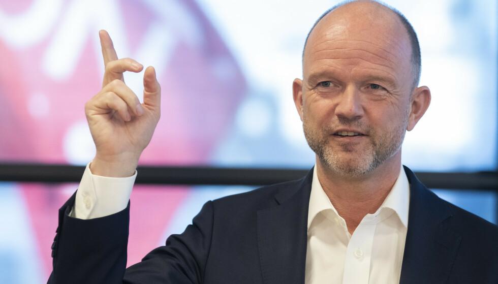 KLAR: NHOs administrerende direktør Ole Erik Almlid under pressetreffet med kravoverlevering idet årets tariffoppgjør starter. Foto: Berit Roald / NTB