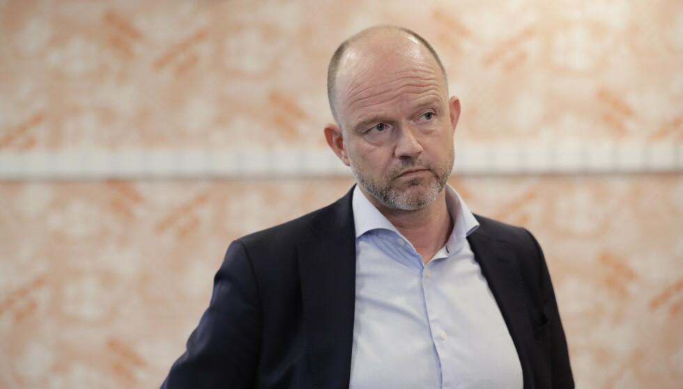 MANGE ARBEIDSLØSE: NHO-sjef Ole Erik Almlid vil ha det «strengt framfor stengt», for å få bedrifter på beina igjen. Foto: Berit Roald / NTB
