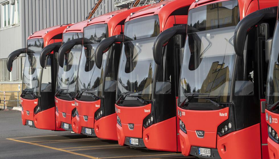 Det kan bli full stans i busstrafikken dersom det blir streik til helgen. Foto: Terje Pedersen / NTB