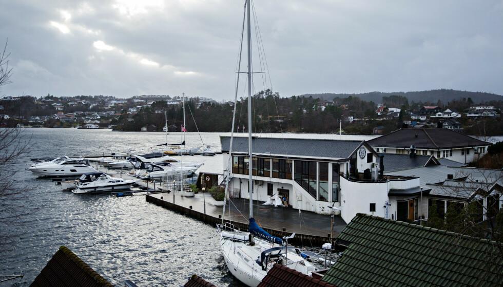 TRADISJONSRIK: Nyhetsanker Sturla Dyregrov har nå sikret seg Fagernes Yacht Club. Eiendommen har tidligere ligget ute for salg i lang tid, uten at eieren lykkes med et salg. Foto: Geir Martin Strande / Bergens Tidende / NTB