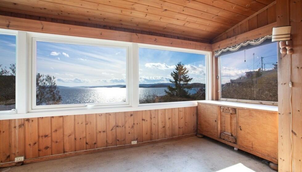 KREVER RENOVERING: Hytta på Bleikøya ble bygget i 1930 og krever både mye penger og arbeid for å nå dagens standard. Foto: Tor Lie
