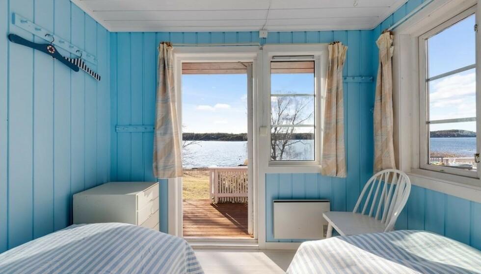 UTSIKT: Soverom med sjøutsikt og direkte ankomst til terassen. Foto: Karl Filip Kronstad